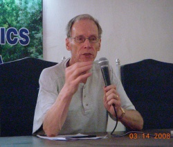 Milton Fisk speaking in India 2008